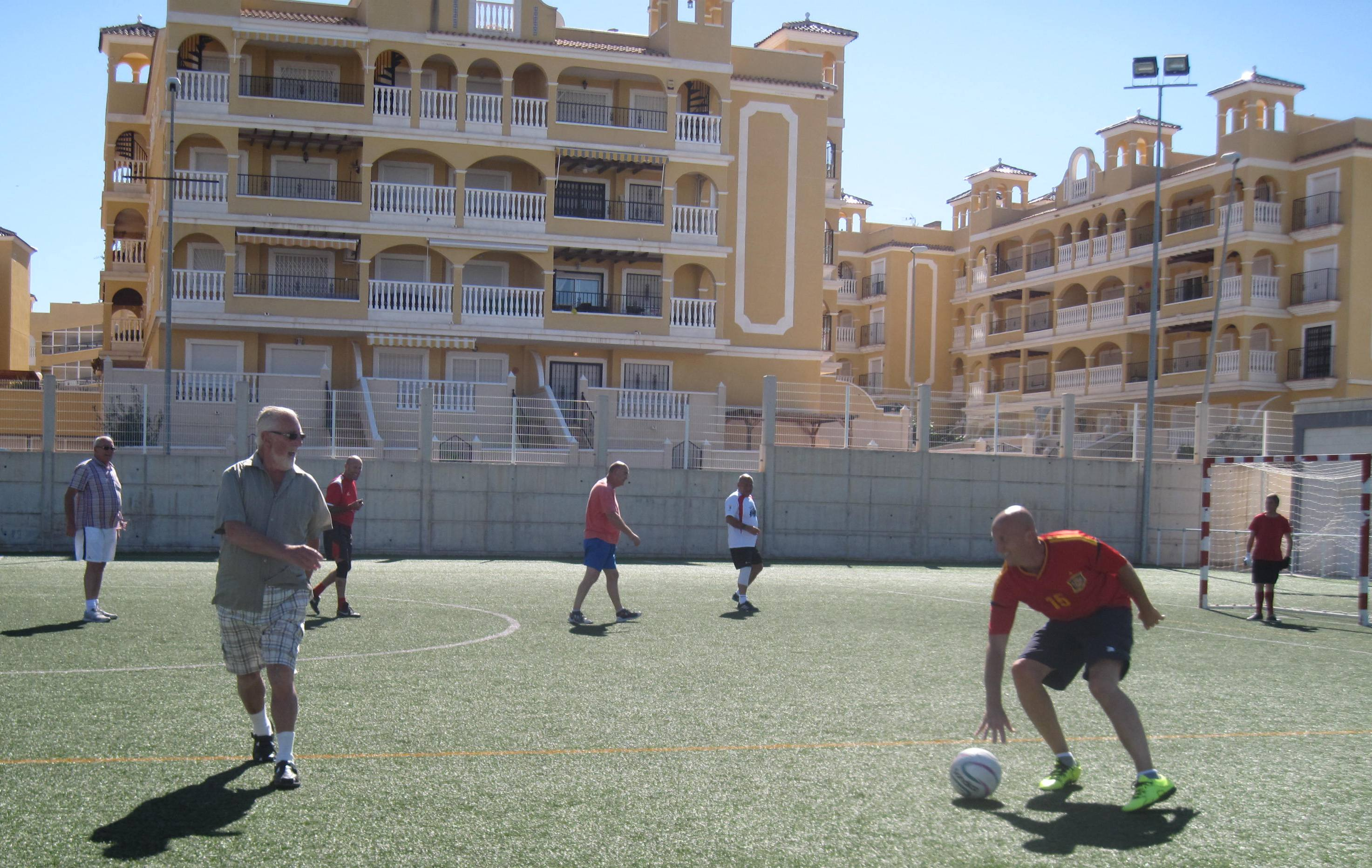 walking football 012